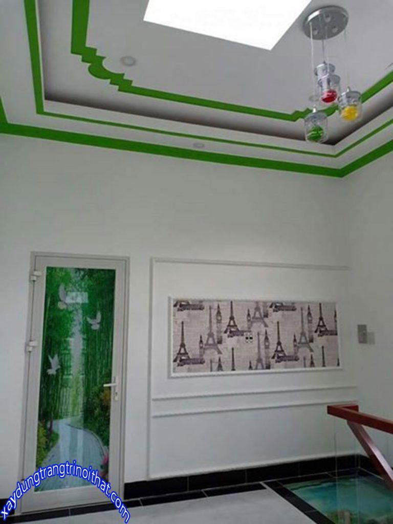 Mẫu Nhà Ống 2 Tầng Trang Trí Hòa Hợp Với Thiên Nhiên